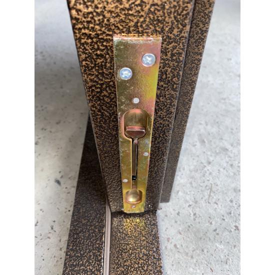 Модель 1200 полуторка с притвором - Производитель RedFort - Входные двери